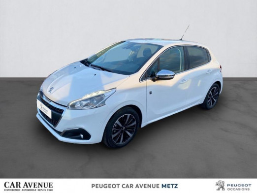 Used PEUGEOT 208 1.2 PureTech 82ch Tech Edition 5p 2018 Blanc Banquise € 13,890 in Metz Borny