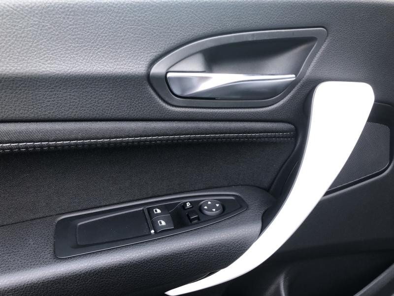 Occasion BMW Série 1 118dA 150ch UrbanChic 3p Euro6c 2019 Glaciersilber 29300 € à Metz