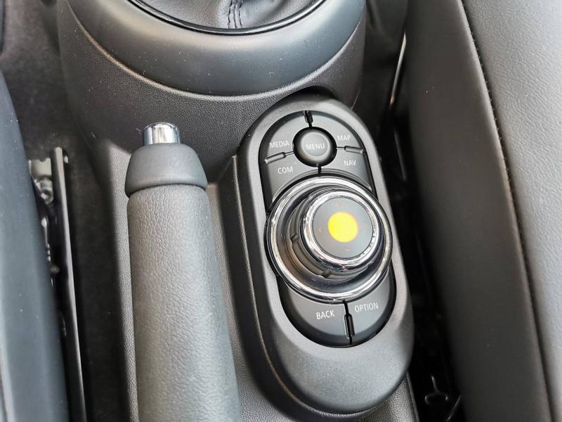Occasion MINI Mini One 102ch Heddon Street BVA7 2018 Melting Silver 21990 € à Metz