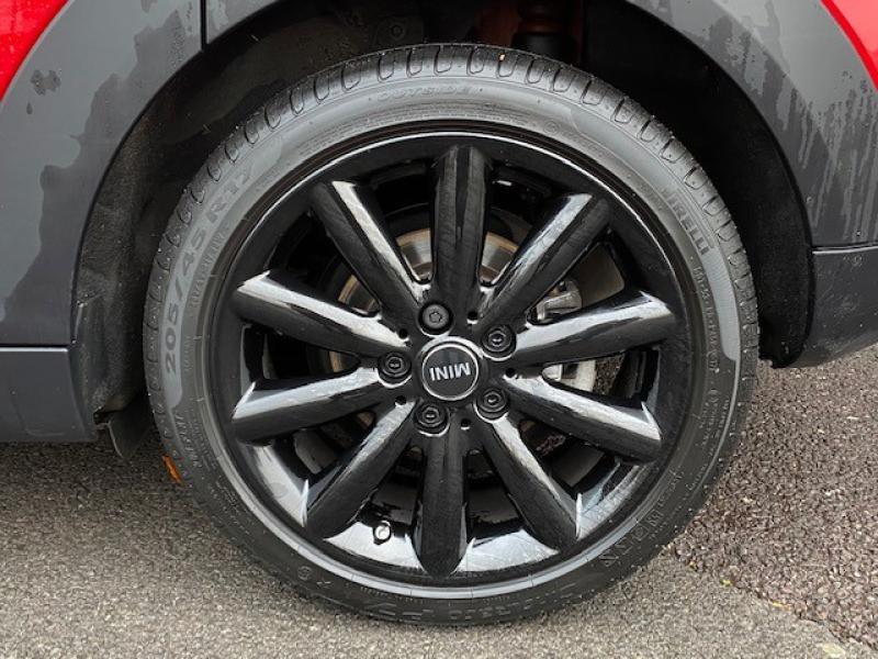 Occasion MINI Mini 5 Portes Cooper D 116ch Blackfriars BVA 2017 Chili Red 20999 € à Metz