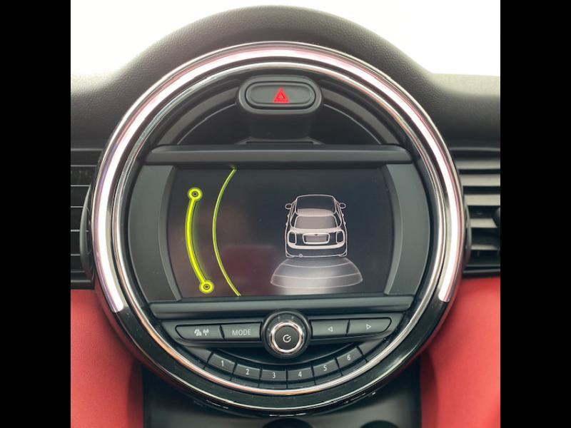 Occasion MINI Mini 5 Portes Cooper D 116ch Shoreditch BVA 2017 Chili Red 17990 € à Terville