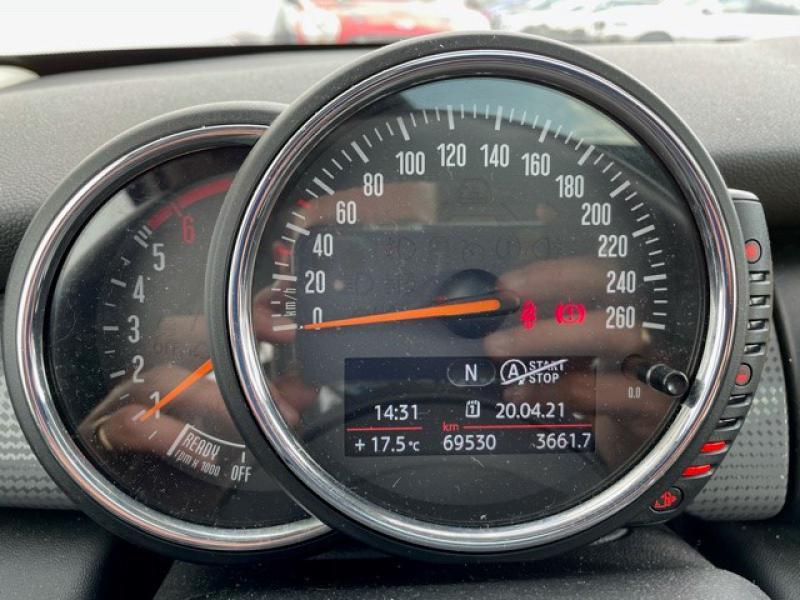Occasion MINI Mini 5 Portes Cooper D 116ch Shoreditch 2016 Midnight Black 17790 € à Terville