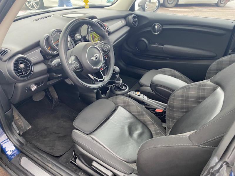 Occasion MINI Mini Cooper 136ch Blackfriars Bva 2017 Deep Blue 21190 € à Terville