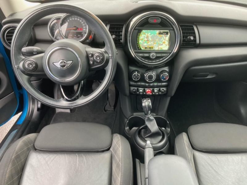 Occasion MINI Mini One 102ch Blackfriars 2017 Electric Blue 18090 € à Terville