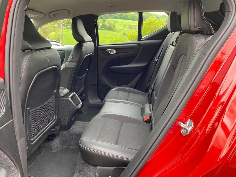 Occasion VOLVO XC40 D3 AdBlue 150ch Momentum Geartronic 8 2019 Rouge Métal 29990 € à Alzingen