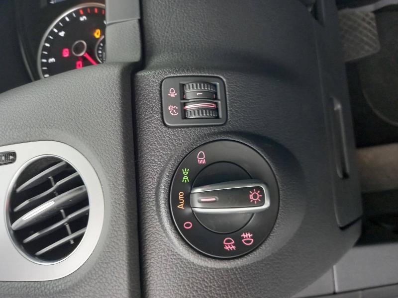 Occasion VOLKSWAGEN Tiguan 2.0 TDI 140 Type Sportline 4Motion DSG7 2013 Feuille d'Argent 17990 € à Lesménils