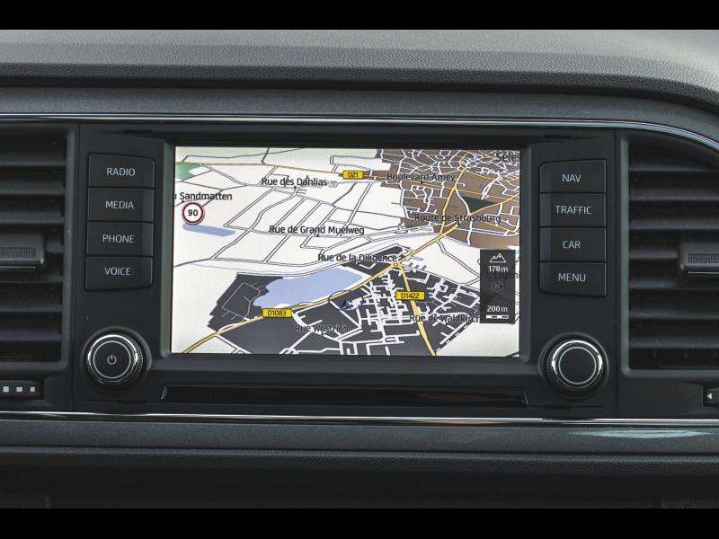 Occasion SEAT Leon 1.8 TSI 180 FR DSG GPS Garantie 1 an 2016 Blanc Nevada 18990 € à Strasbourg