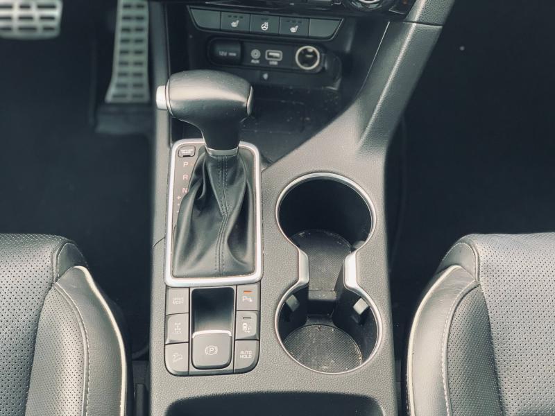 Occasion KIA Sportage 136 GT Line Premium 4x4 bva attelage toit pano garantie 2025 2018 Blanc Sensation 24990 € à Mulhouse