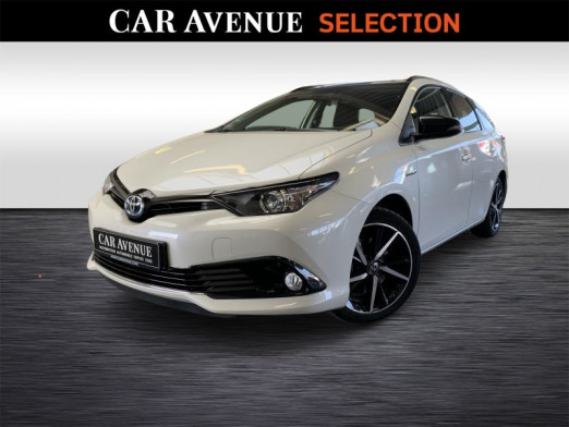 Used TOYOTA Auris Hybrid Touring Sports Black Edition 2018 WHITE € 17,990 in Wavre